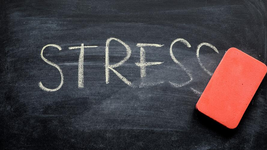 How to Reduce Stress at Work: Modern Tips for People Leaders